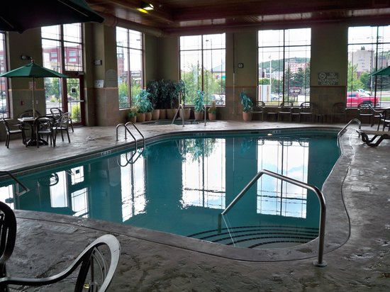 Canal Park Lodge: Pool