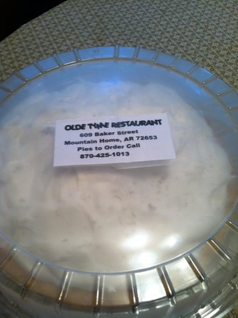 Olde Tyme On The Square Restaurant: Possum Pie