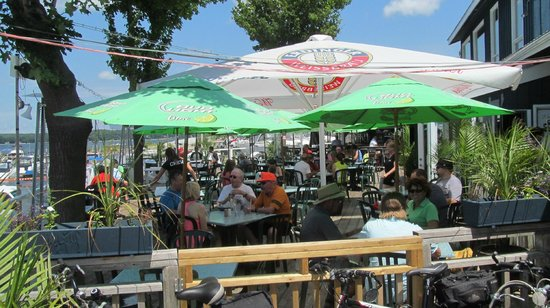 The Boathouse Eatery: Boat House Eatery Patio