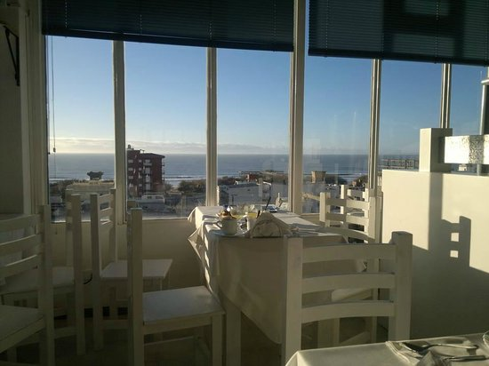 Apart Hotel Paucam: desayunar con vista al mar