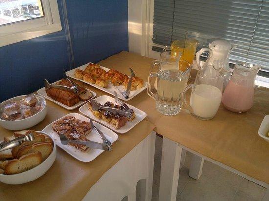 Apart Hotel Paucam: desayuno
