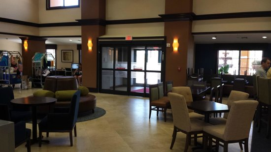 Hampton Inn & Suites St. Augustine - Vilano Beach: lobby