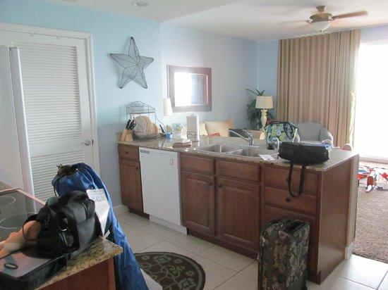 Splash Resort Condominiums: Kitchen