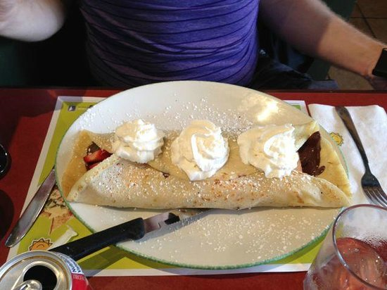 Cora's: Crepe with Fruit and chocolate in it.
