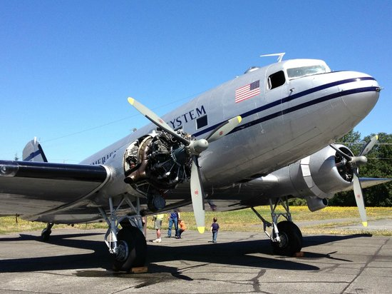 Historic Flight Foundation: C-47/DC-3