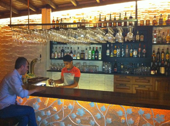 Defne Bar and Restaurant: Defnes new bar, great chill out space