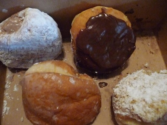 Country Style Donuts: Yum!