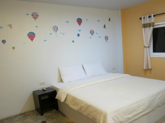 Dozy House: room