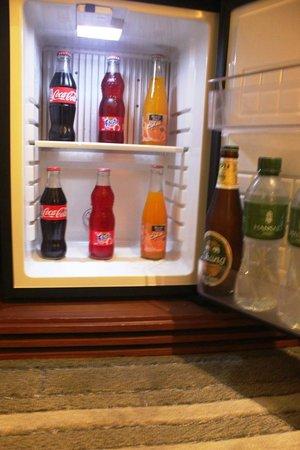 Hansar Bangkok Hotel: Free refill mini-bar