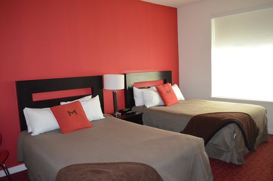 Moda Hotel: 2 double beds