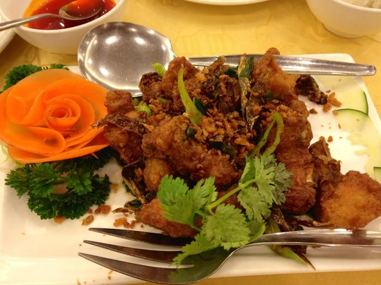 King Chef Seafood Restaurant: Spare ribs in 8 spices (small order)
