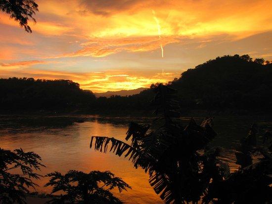 The Apsara: Riverside dining at Sunset