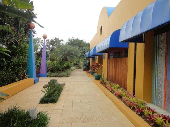 Xandari Resort & Spa: Hotel grounds