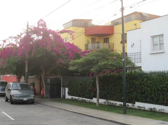 Peru Star Botique Apartments Hotel : Street View