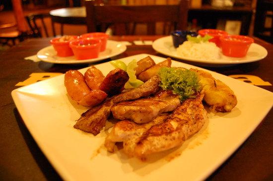 La Parrilla Drinks and Food