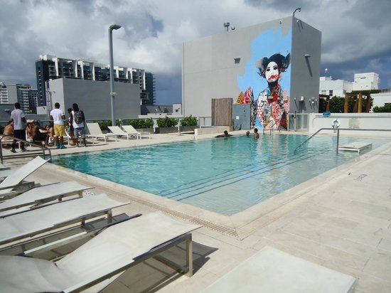 Boulan South Beach Pool Rooftop