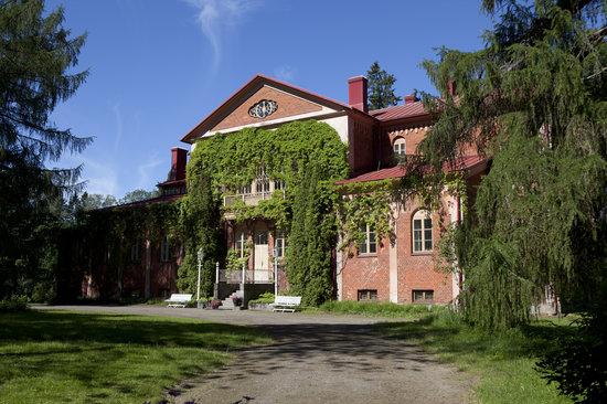 Katisten Kartano Hotel