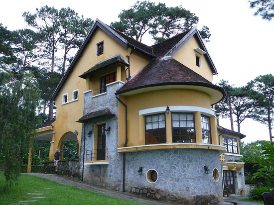 Ana Mandara Villas Dalat Resort & Spa: The outside of our villa