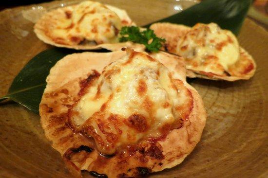 Ishin Japanese Dining: Hotate Cheese Yaki