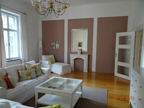 Villa Trapp: sitting room