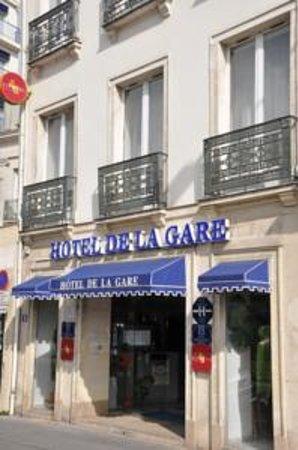 Hotel de la Gare : Entrée de l'Hôtel