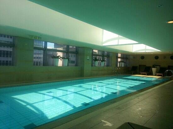 The Westin Taipei: Indoor pool