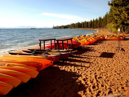 Marriott's Timber Lodge: Lake Tahoe Canoes
