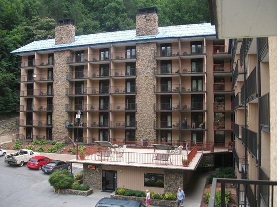 Quality Inn U0026 Suites Gatlinburg: Exterior Of Hotel