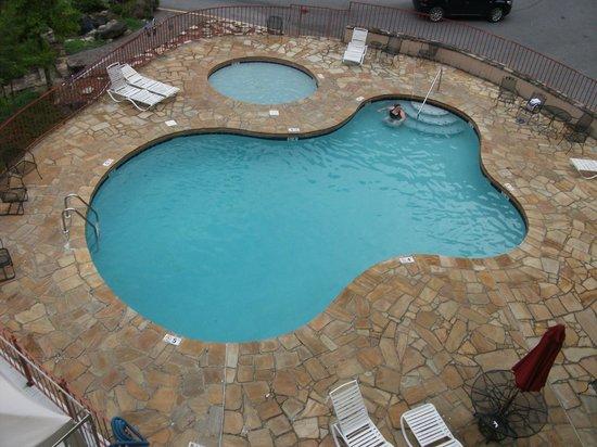 Quality Inn U0026 Suites Gatlinburg: Pool