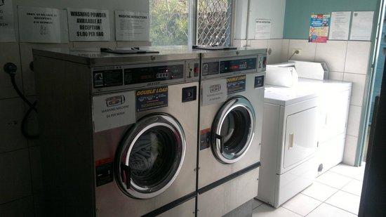 Aquarius Backpackers: Laundry Facilities