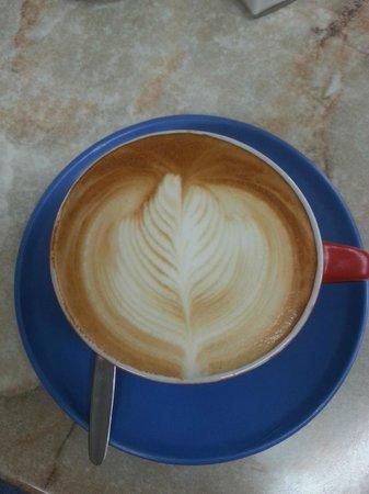 Brownz Courtyard Cafe: Best coffee in Echuca