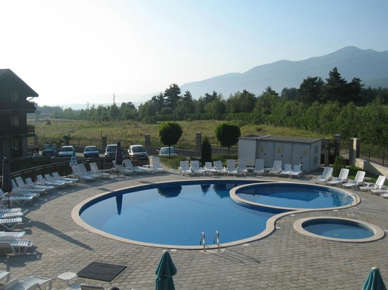 Balkan Jewel Resort & Spa : Overlooking the pool