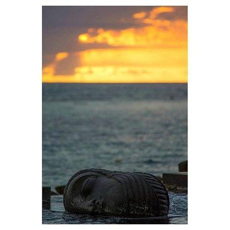 The Oberoi, Mauritius: Lagoon pool face sunset
