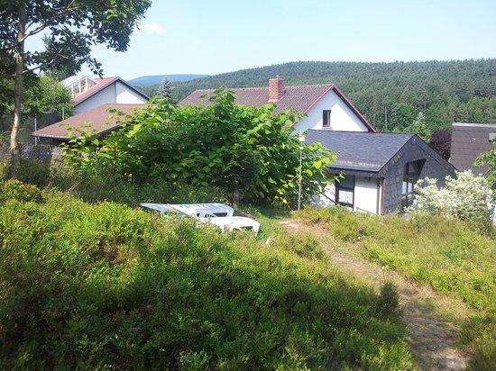 Gastehaus Hochrhonblick: Blick aus dem Garten