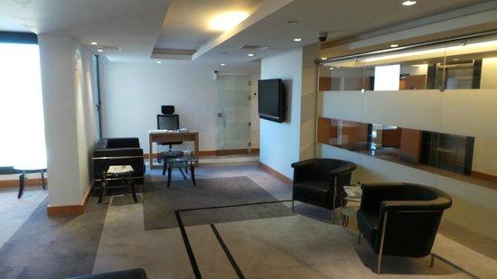 فندق مطار عمّان: Executive Floors Lounge
