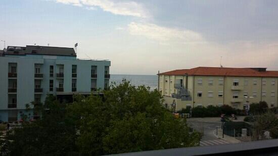 Hotel Onda Marina : vista dal terzo piano