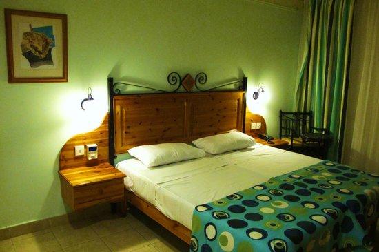Sunflower Hotel: pokój