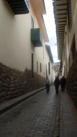 Cuesta del Almirante a una cuadra de Plaza de las Nazarenas