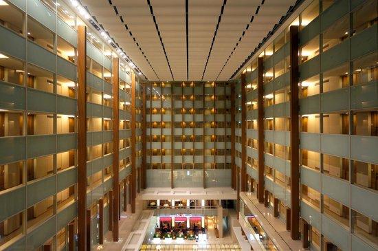 Hotel Associa Shin-Yokohama: アトリウムロビー