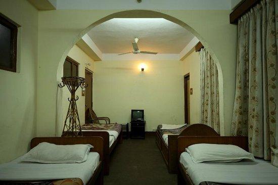 Chillout Resort Pvt. Ltd: mixed Dormitory