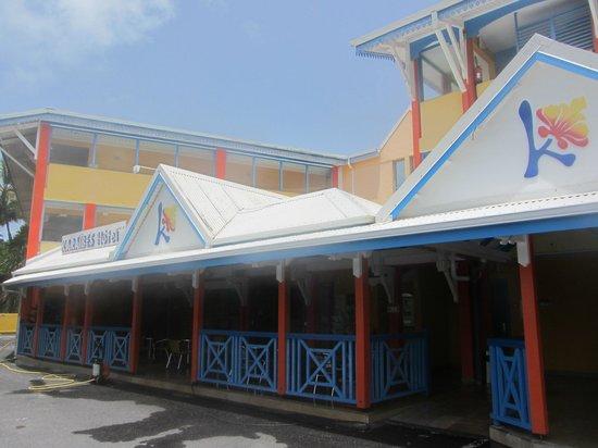 KARAIBES HOTEL : Außenansicht