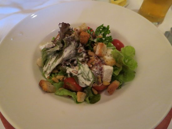 Rozzers Restaurant: Killeen House Special Salad-WOW