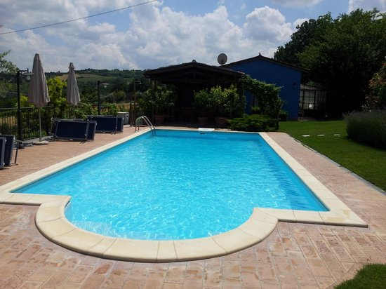 Poggio Montali: La piscina