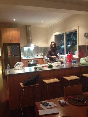 Lochiel Luxury Accommodation: Fantastic kitchen 4 bedroom cottage