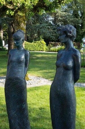 Auberge du Père Bise - Jean Sulpice : Sculpture garden