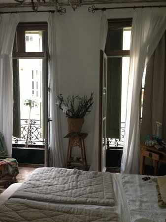 Refuges Inspires : pretty bedroom.