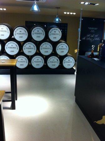 Penderyn Distillery: Looking from the bar area