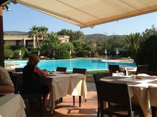 Aquadulci Hotel: Restaurant und Pool