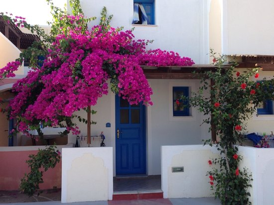 Hotel Eleftheria: outside appartment