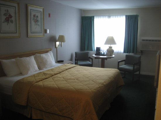 Killington Center Inn & Suites: outdated rooms